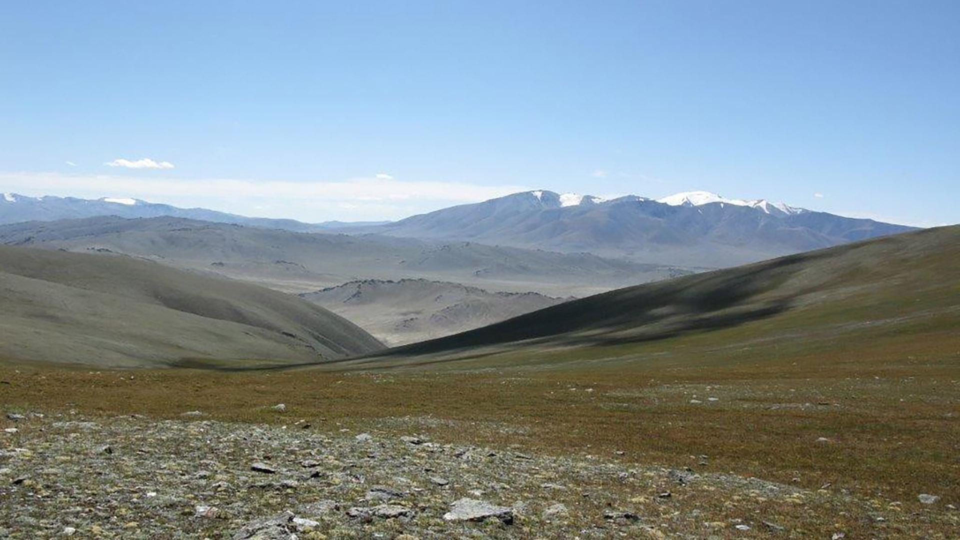 Vayana - einfach sein - Josefine Pfeifhofer - Schamanin in der Mongolei im Altai Gebirge geht sie dem Urschamanismus nach - mobil